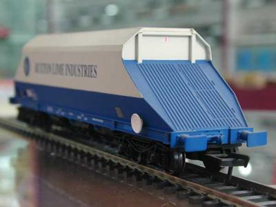 [BACHMANN]37-327 90 tonne Hopper..